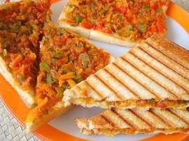 Sabzi Bharay Toast