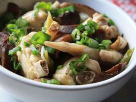 Chicken Steam With Chinese Mushroom