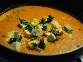 Creamy Matar Paneer Soup