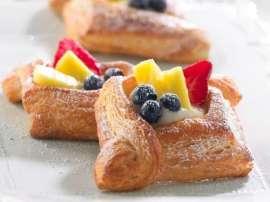 Khubani Ki Pastry (apricot Pastry)