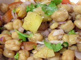 Kela Aur Chana Chaat