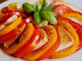 Tomato Black Pepper Salad