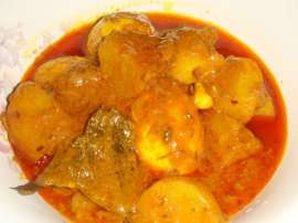 Bhuni Fish With Aloo
