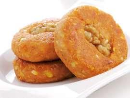 Carjet Aur Akhrot Ki Bread