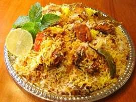 Hyderabadi Kachay Gosht Ki Biryani