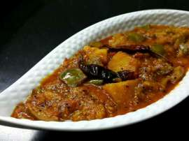 Gujarati Style Baingan Aloo