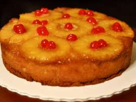 Quick Pineapple Cake