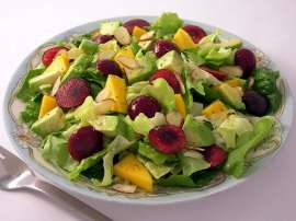 Mango Aur Cherry Salad