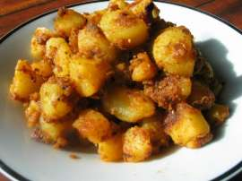 Aloo Ki Aik Khobsorat Dish