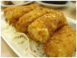 Aloo Kay Keema Bharay Kabab