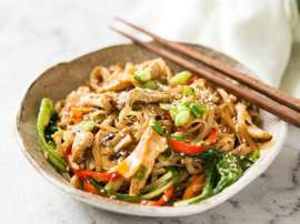 Noodles Fried Chicken