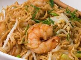 Spicy Shrimp Chow Mein