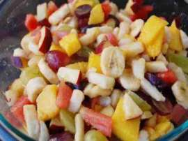 Khati Meethi Mix Fruit Chaat
