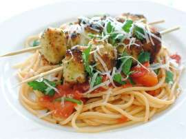 Chicken Kebab With Spaghetti