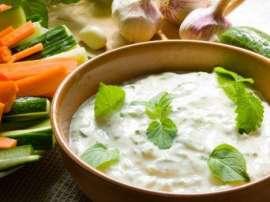 Salad Aur Dahi Ki Dressing