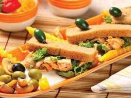 Chicken Tikka Finger Sandwich