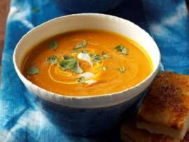 Cream Of Tomato And Carrot Soup