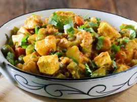 Bombay Mix Chicken Sabzi Recipe In Urdu