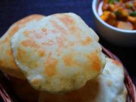 Bhatora
