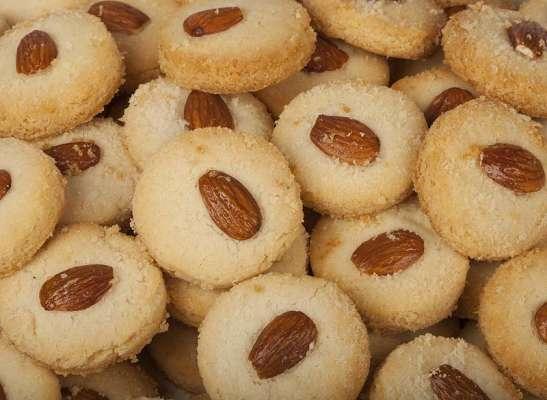 Badam Kay Biscuit Recipe In Urdu