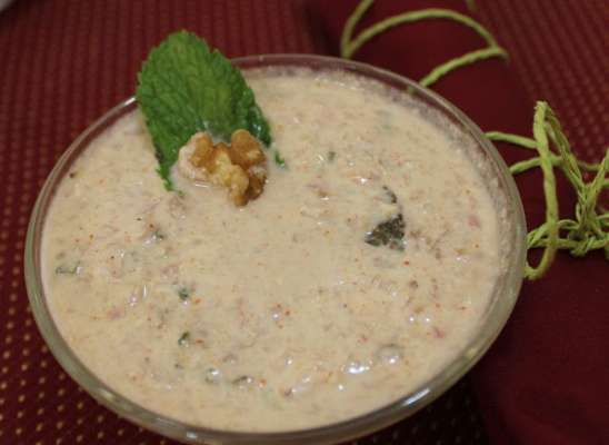 Safed Chatni Ya Moni Recipe In Urdu