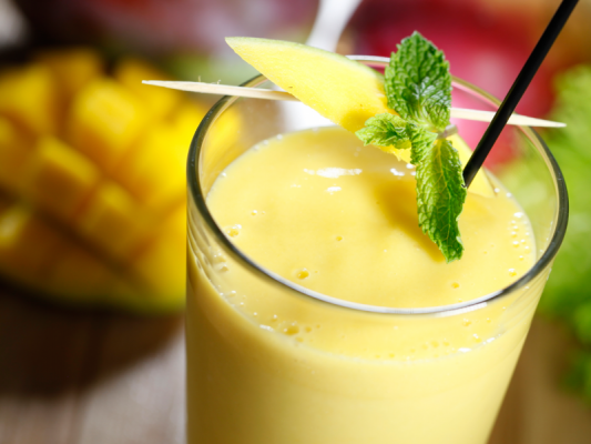 Mango Lassi Recipe In Urdu