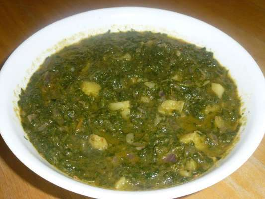 Aloo Palak Recipe In Urdu
