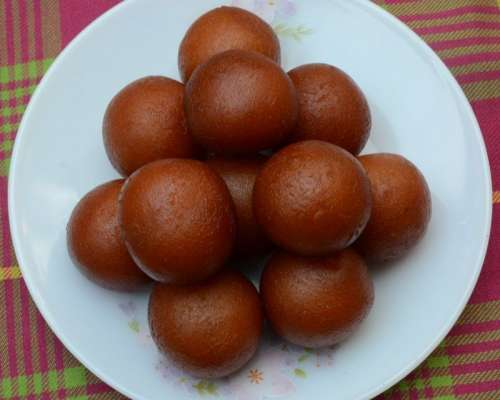 Karachi Wala Gulab Jamun Recipe In Urdu