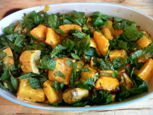 Hokkaido Seafood Hot Pot  Recipe In Urdu