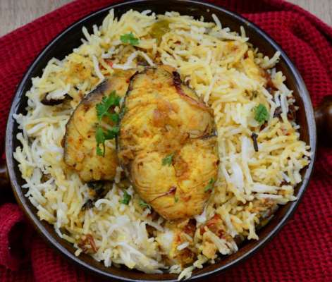 Machli Masala With Rice Recipe In Urdu