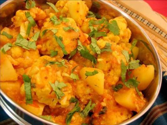 Aloo Aur Gobhi Recipe In Urdu