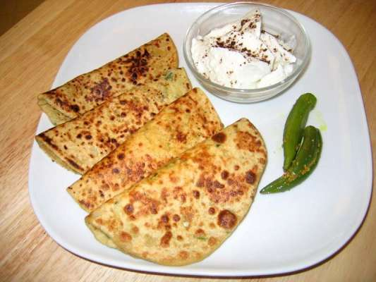 Aloo Ka Paratha Recipe In Urdu