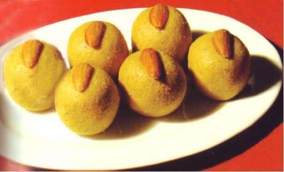 Besan Ladoo Recipe In Urdu