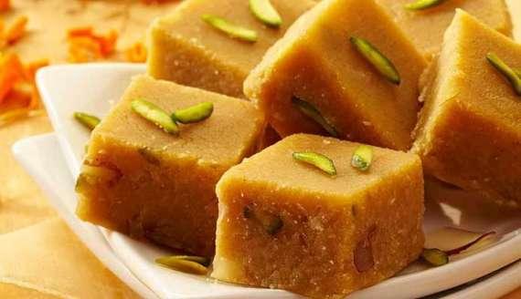 Barfi Sadah Recipe In Urdu