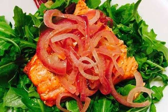 Salmon With Onion Marmalade Recipe In Urdu