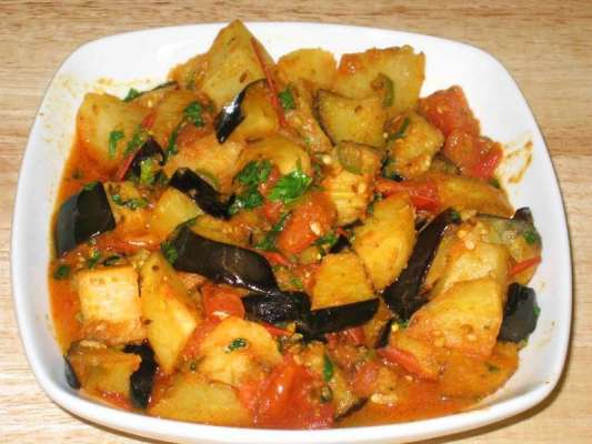 Aloo Baingan Recipe In Urdu