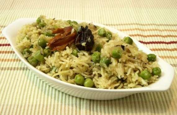 Sindhi Matar Pulao Recipe In Urdu