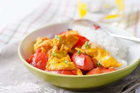Stir Fry Anday Tamatar Kay Sath Recipe In Urdu