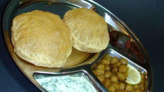 Maash Ki Daal Ki Poori Recipe In Urdu