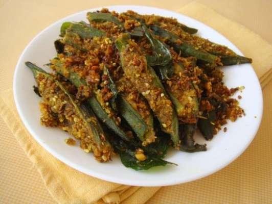 Jhinga Bhindi Recipe In Urdu