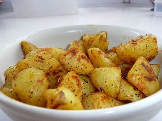 Chatpata Aloo Recipe In Urdu