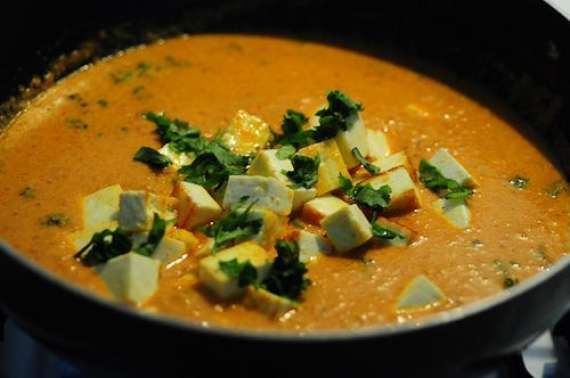 Creamy Matar Paneer Soup Recipe In Urdu