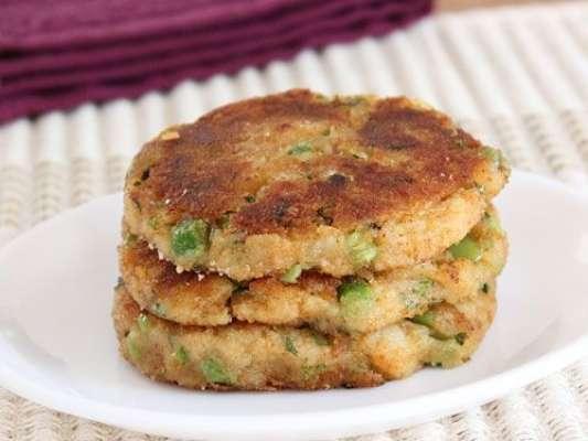 Aloo Matar Gajar Aur Kabab Recipe In Urdu