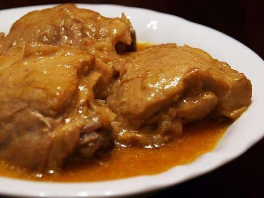 Aloo Bukhara Korma Recipe In Urdu