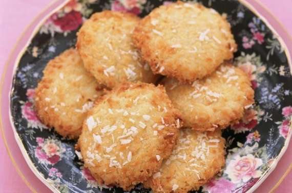 Nariyal Kay Biscuit Recipe In Urdu