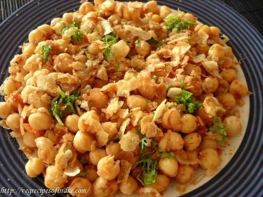 Chanay Ki Mazedar Chaat Recipe In Urdu
