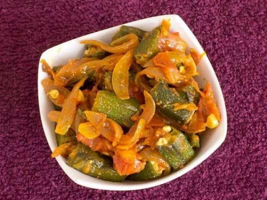 Bhindi Aur Pyaz Recipe In Urdu