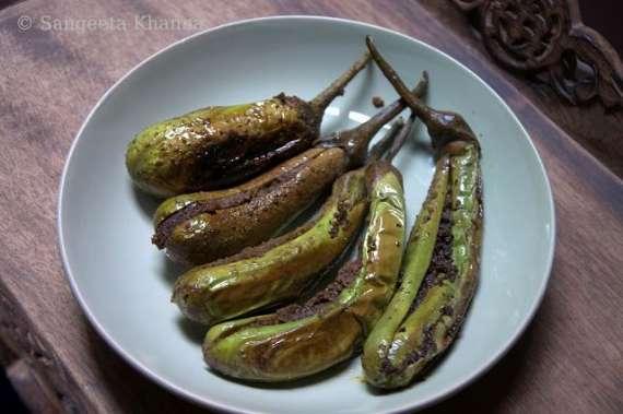 Baingan Fry Hyderabadi  Recipe In Urdu