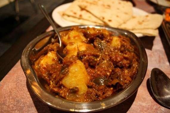 Masala Dar Jacket Aloo Recipe In Urdu