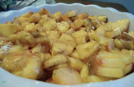 Keley Mepal Aur Lemo Kay Paein Cake Recipe In Urdu